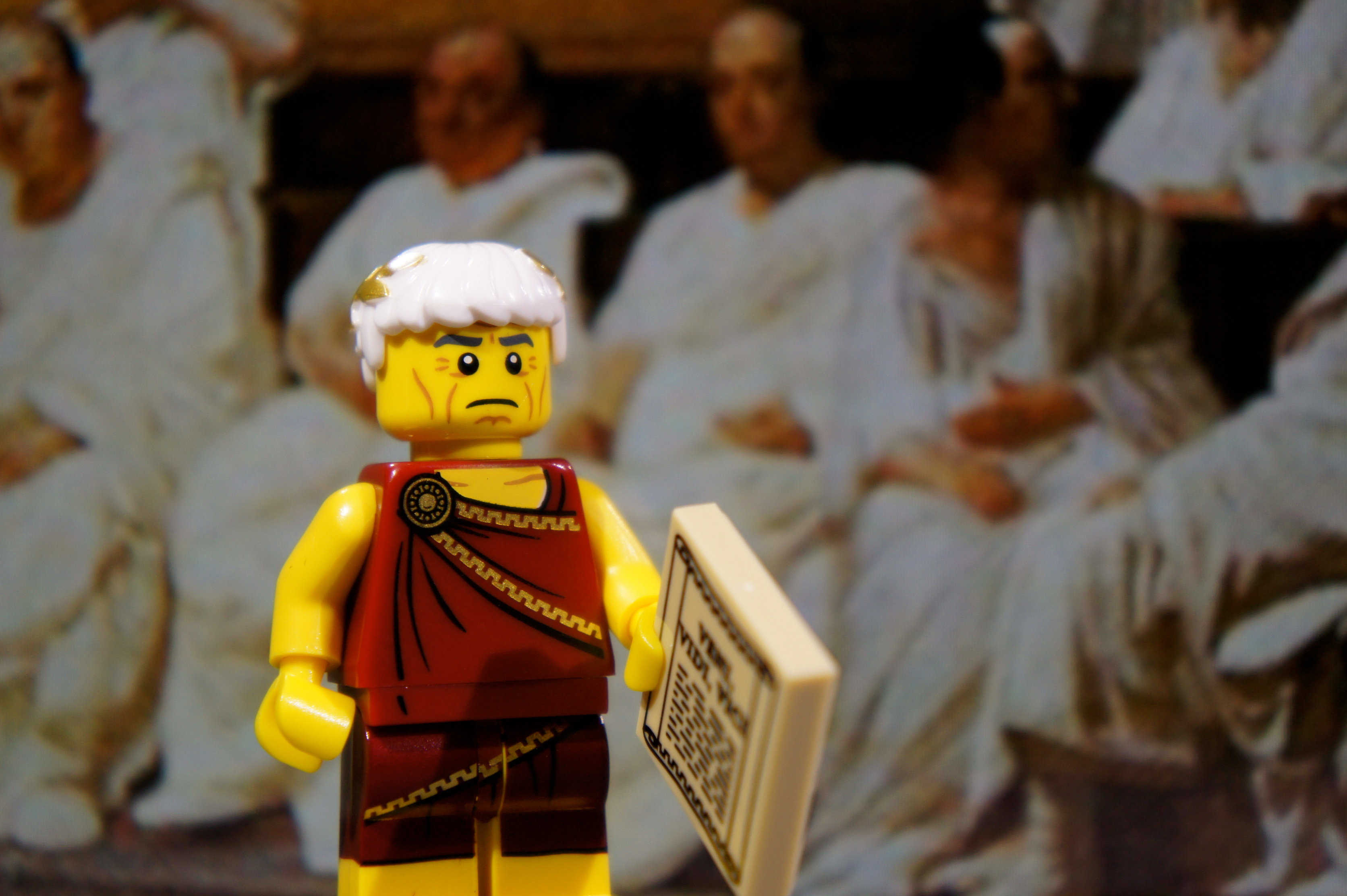 LEGO Minifig Series 9 – RomanEmperor